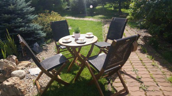 Фото -Плетеная деревянная мебель Ever-ton brown 4 персоны акация + ротанг искусственный