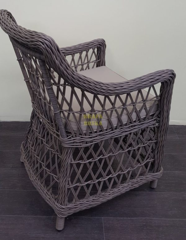 Фото-Кресло уличное плетеное Beatrix beige