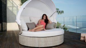 JOURNEY Плетеная мебель лежак с тентом Skylinedesign